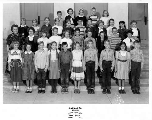 Garvanza Elementary School. Mrs. Balm's B5 Class. December 1954. Photo courtesy of Sue (Lindelef) Di Julio. Bottom Row,